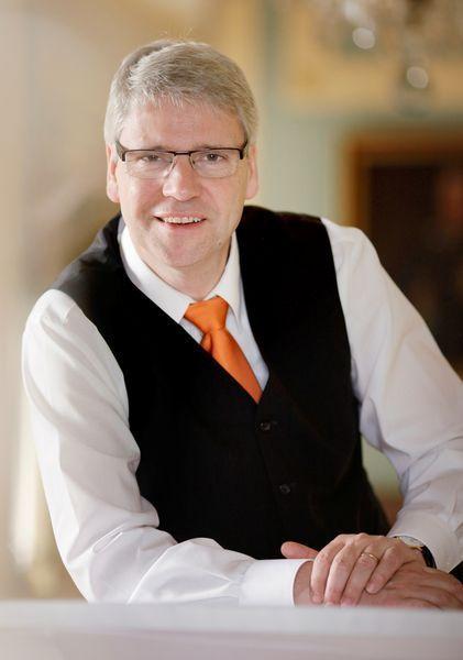 Dr. Stephan Krempel