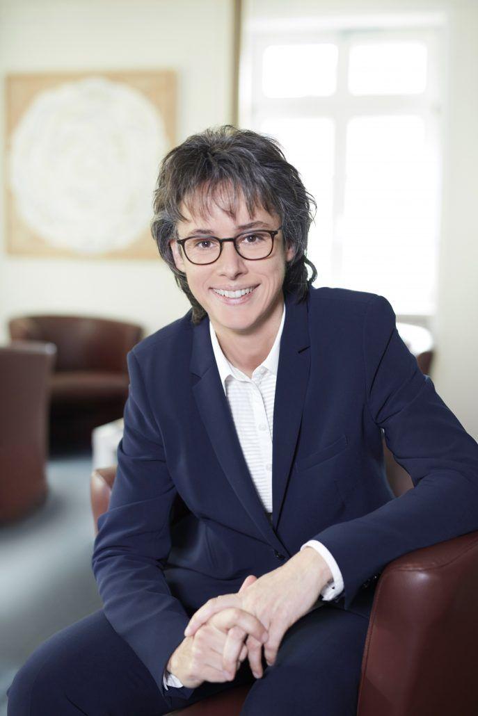 Dr. Sandra Kind
